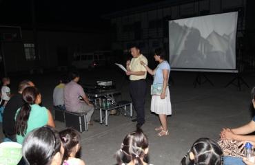 坝坝电影进医院——医院启动转隶十年电影放映周活动